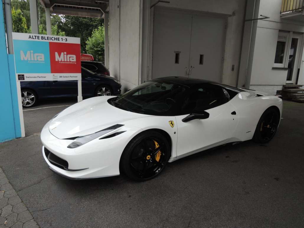 Carwrap Ferrari (2)