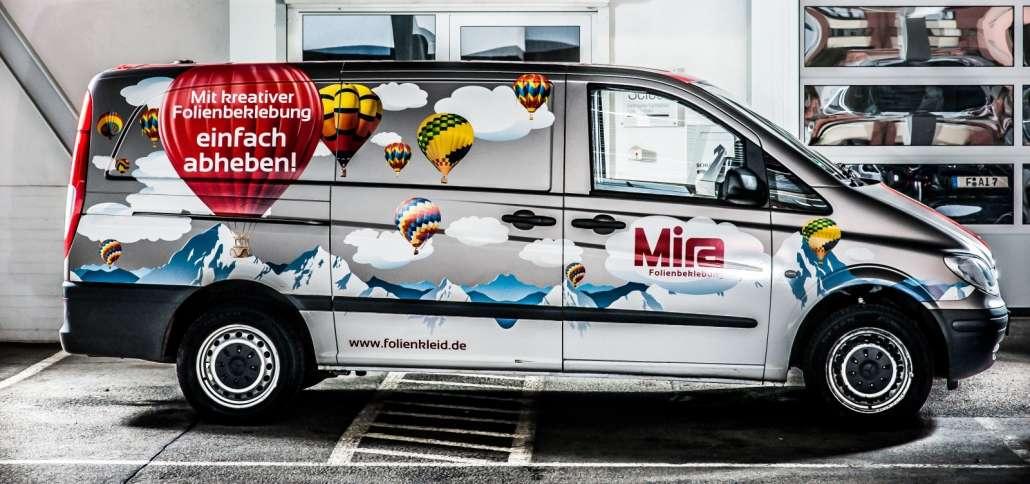 Fahrzeugwerbung Mira abheben