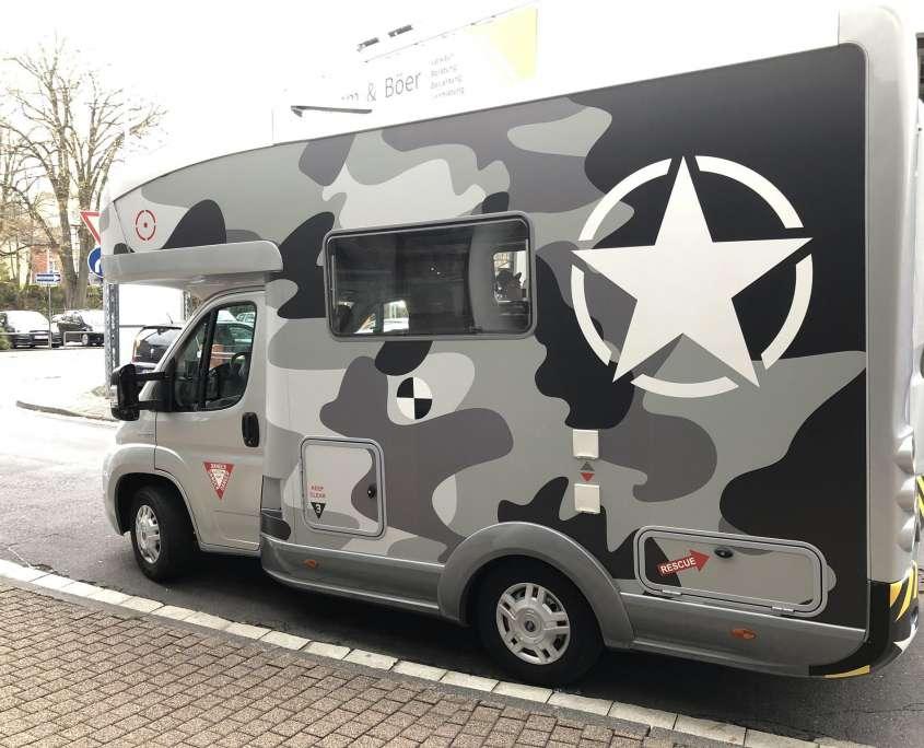 Mira Folienbeklebung Wohnmobil camoflage (2)