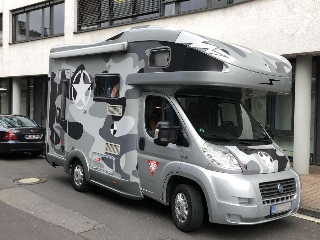 Mira Folienbeklebung Wohnmobil camoflage (6)