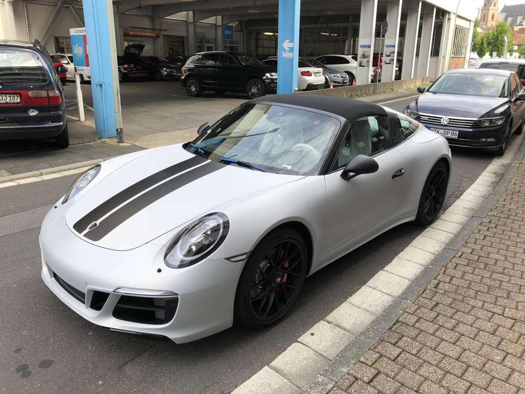 Porsche Autofolie alu geb++rstet (7)