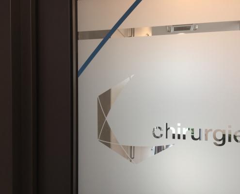 Fenster Klebefolie mit Logo nachher (8)